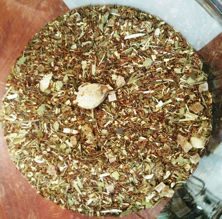 Unfermented Rooibos and Mate tea ' Dandelion Fluff'