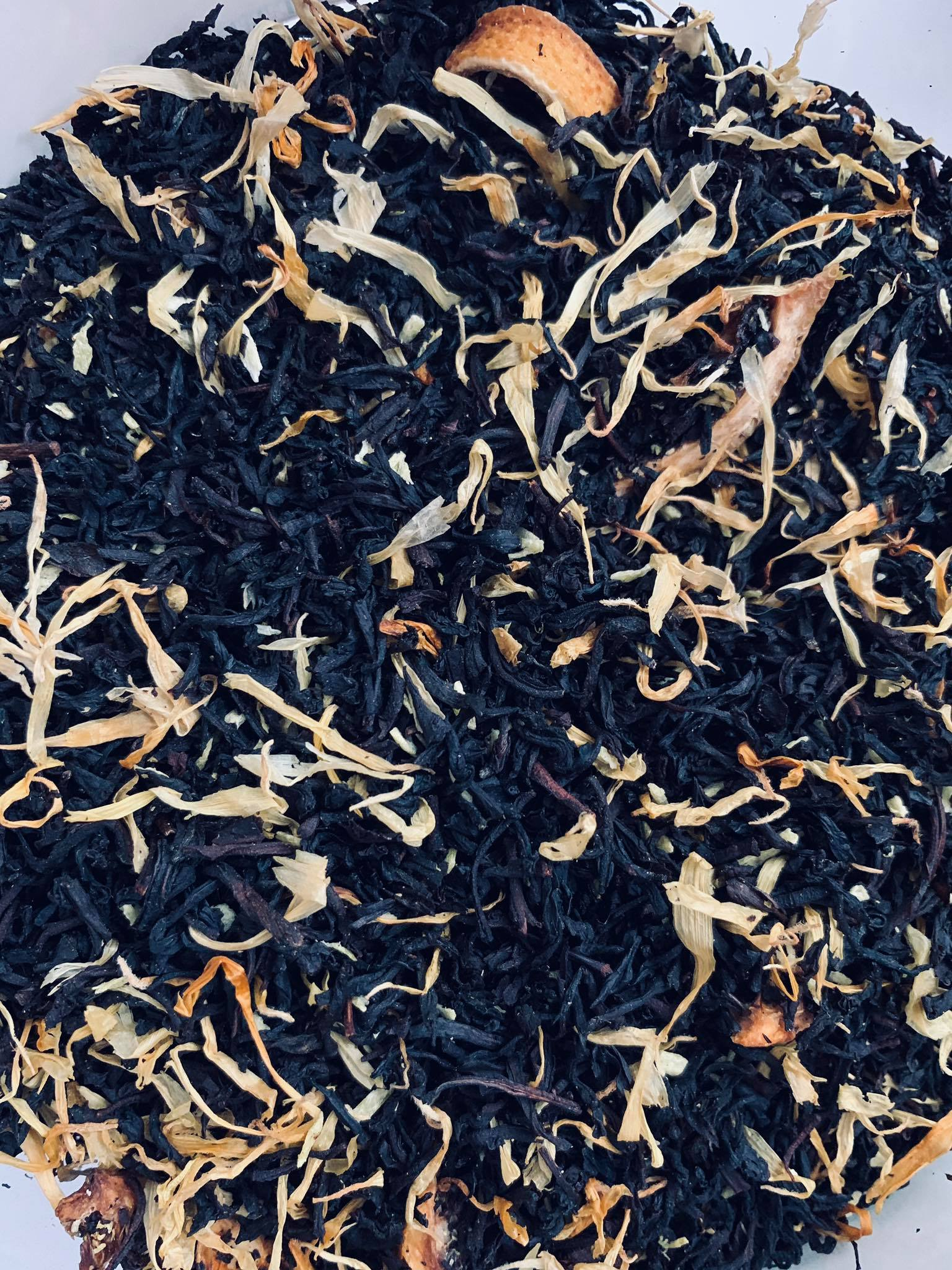 Gurman's Black & White Tea